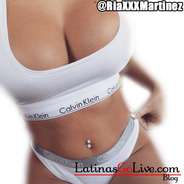 Webcam model Riaxxxmartinez in Calvin Kleins